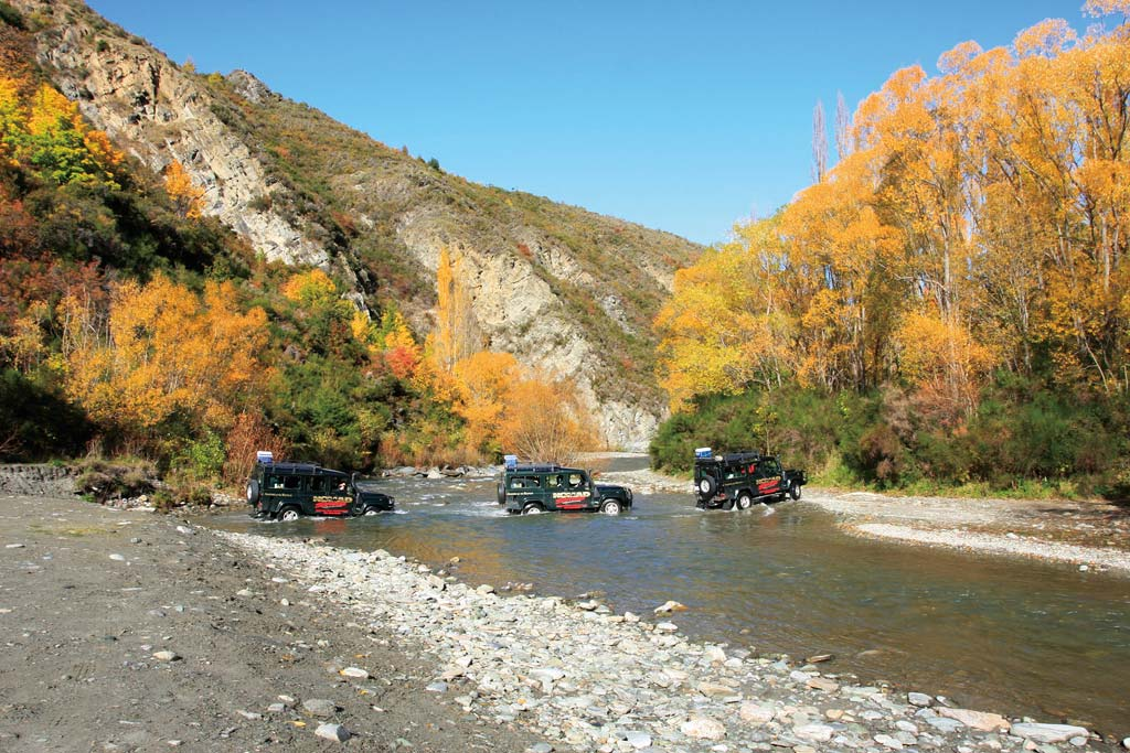 lotr-Queenstown-4WD-Arrowriver-Crossing
